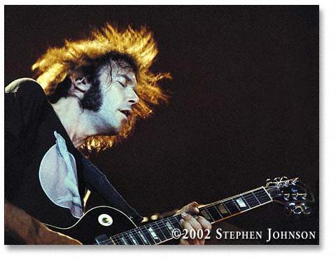 ...CHE PEZZO!!! - Pagina 2 Neil_Young-1976-2